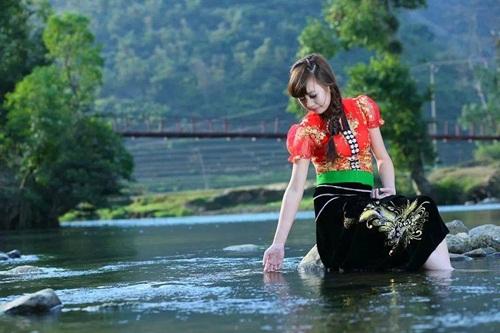 van mau thuyet minh do trang phuc truyen thong cua viet nam1 Thuyết minh về bộ trang phục truyền thống của dân tộc Việt Nam