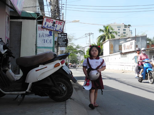 van mau mieu ta con duong den truong2 Miêu tả con đường từ nhà đến trường