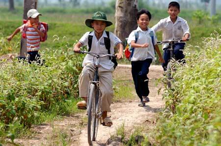 hoc sinh nong thong giaoduc.net .vn  Kể một kỉ niệm đáng nhớ nhất trong thời thơ ấu
