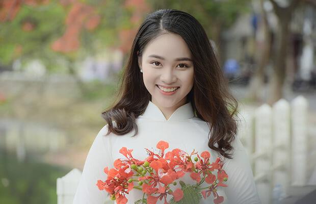 Bài viết số 3 lớp 12 đề 1: Tính dân tộc trong bài thơ Việt Bắc – Tố Hữu
